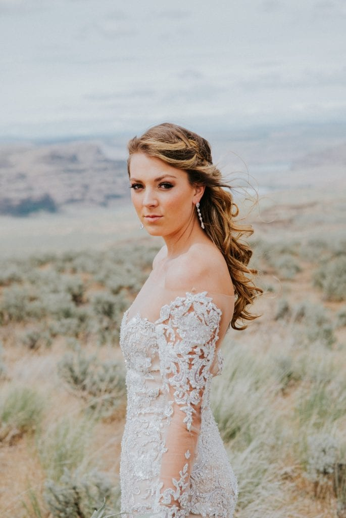 Desert wedding makeup vantage washington
