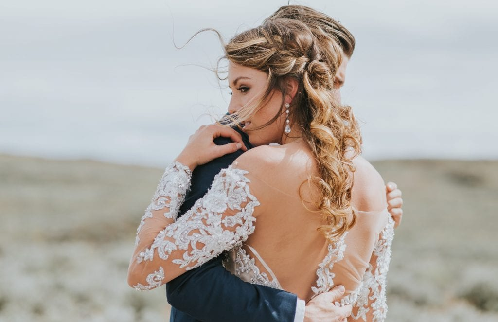 desert wedding hairstyle inspiration